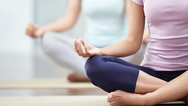 Gerakan Yoga Sederhana untuk Kurangi Lemak di Punggung