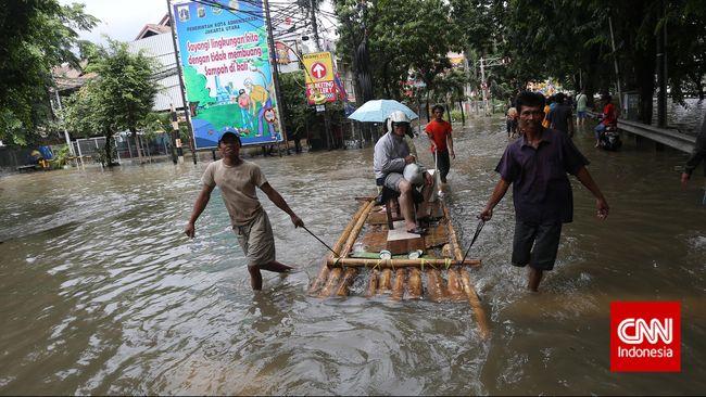 Jokowi Minta Penanganan Banjir Fokus