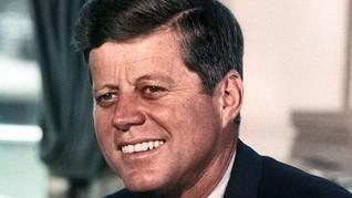 Foto Candid JFK dan Jackie O Siap Dilelang