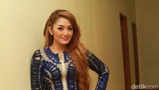 Siti Badriah Laris Manis di Panggung Kampanye Pilkada