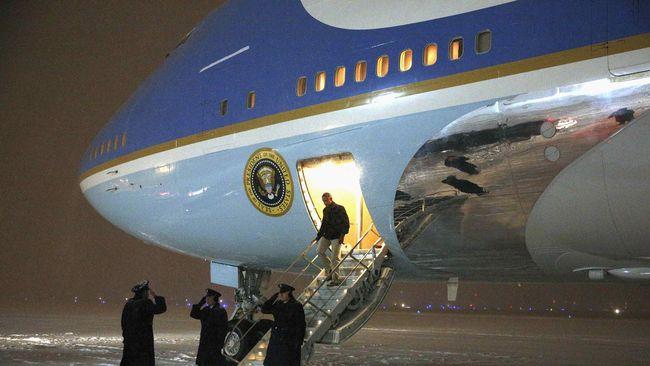 Terpikat Obama, Ibu di Kenya Namai Bayinya Air Force One