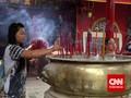 Kekhusyukan Jelang Imlek di Kelenteng Jin De Yuan Petak 9