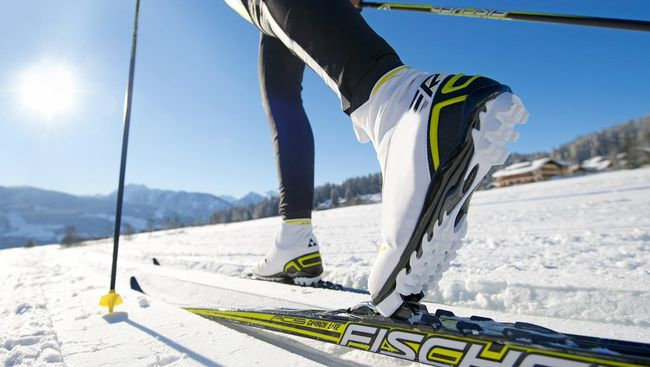 Jatuh Bangun Bermain Ski Pertama Kali