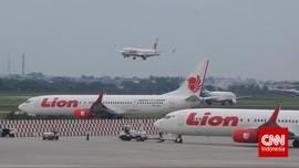 Tim SAR Evakuasi Korban Lion Air JT714 yang Tergelincir