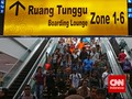 Bandara Soetta Dipadati Penumpang yang Tinggalkan Jakarta