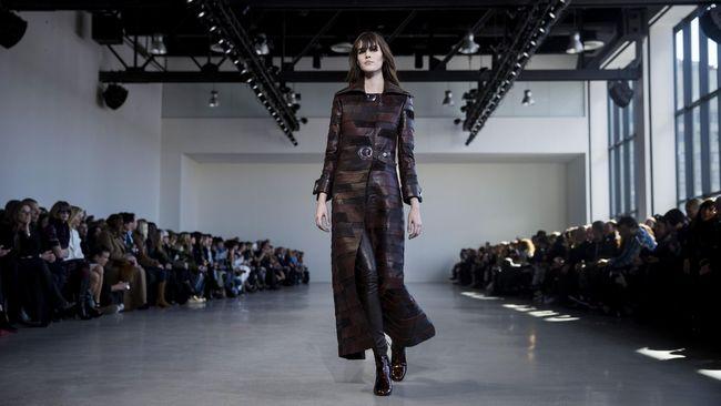 Disebut Merugi, Calvin Klein Tutup Divisi 'High-End'