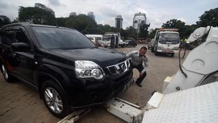 Polisi Tak Ikut Campur Tertibkan Mobil Parkir Sembarangan