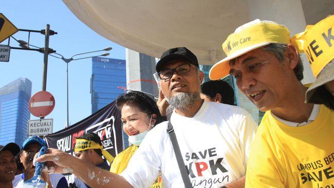 Forum Advokat Tuntut Polisi Berhenti Usut Kasus BW