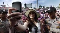Wulan Guritno Siap Dukung Atlet Indonesia di Stadion