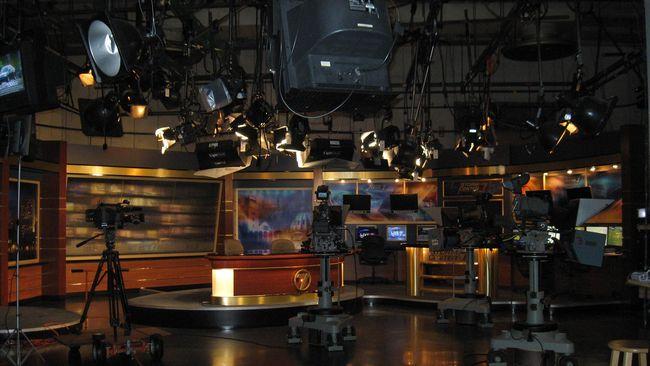 Penyiar Dunia Dalam Berita Toeti Adhitama Wafat