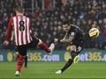 Gol Cantik Coutinho Bawa Liverpool Unggul di Babak Pertama