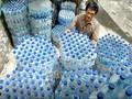 Perusahaan AS Buat <i>Jumper</i> Berbahan Botol Bekas