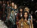 'Masa Depan' Futuristis Saat Fesyen Terkoneksi Internet
