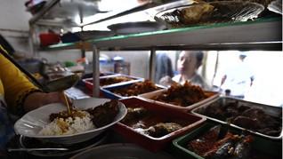 5 Rekomendasi Warteg Kekinian: Makan Tinggal Tunjuk Plus Wifi