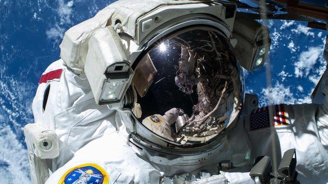 Rusia Mau Selidiki Kebenaran Pendaratan Bulan NASA