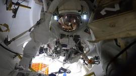 Astronaut Butuh Pakaian Antariksa Baru untuk Kembali ke Bulan