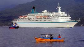 Kapal Nelayan hingga Pesiar Diminta Waspada Gelombang Tinggi