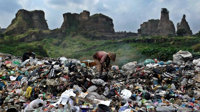 Kelola Sampah Rumah dengan Metode Kompos Keranjang Takakura