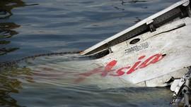 Keluarga Korban Peringati Setahun Tragedi AirAsia QZ8501