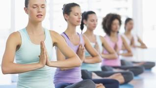 Berlatih Yoga Saat Hamil Tua Ternyata Tidak Membahayakan