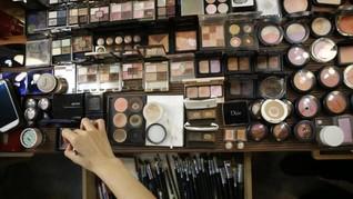 Geliat Tren Produk Kosmetik Para Selebriti