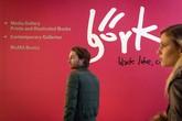 Pameran Bjork pun banyak didatangi pengunjung. Mereka seakan tidak puas menjajal satu demi satu instalasi yang dipamerkan musisi dan penyanyi berusia 49 tahun itu.