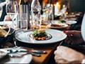 Tamu Mengibaratkan Restoran Mewah dengan Kenikmatan Seksual