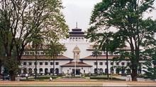 Akhir Pekan Gedung Sate Bandung Dibuka untuk Turis