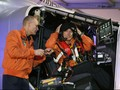 Mengenal Orang di Balik Pesawat Tenaga Surya