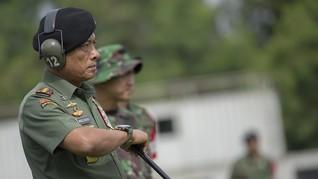 Jelang Pensiun, Moeldoko Bagi 55 Ribu Jam Tangan ke Prajurit
