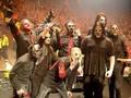 Ahli Penatu Ungkap 'Tantangan' Mencuci Kostum Slipknot