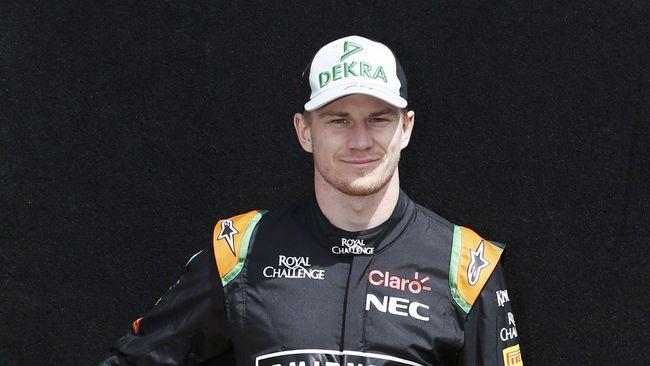 Pebalap Force India Tercepat, Rio Haryanto Paling Buncit