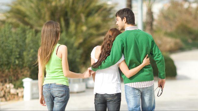 Lima Cara Hadapi Pasangan Selingkuh