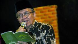 Malam-malam Penuh Sajak Taufiq Ismail