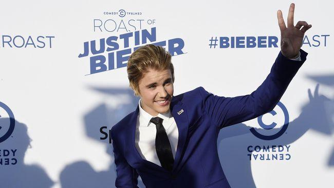 Justin Bieber dan Sofia Richie Berakhir setelah 6 Minggu