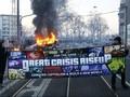 Demonstrasi Anti-Kapitalis di Frankfurt Berujung Ricuh