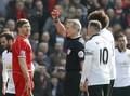 Mengingat Kartu-kartu yang Keluar Dalam Laga Liverpool vs MU