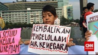 Sisi Mudarat Swastanisasi Air Bagi Warga Jakarta