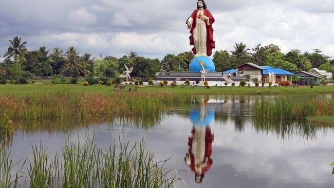 Pembangunan Patung Yesus di Papua Dihentikan