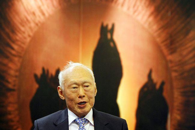 Lee Kuan Yew dan Ironi Singapura