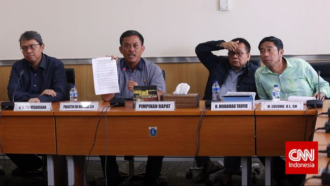 DPRD DKI Minta Pemprov Perbaiki Sistem Pengadaan TransJakarta