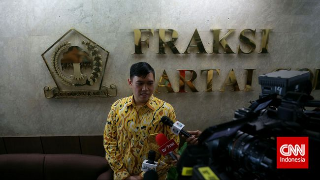 Anak Agung Laksono Protes Dirotasi Kubu Ical ke Komisi Agama