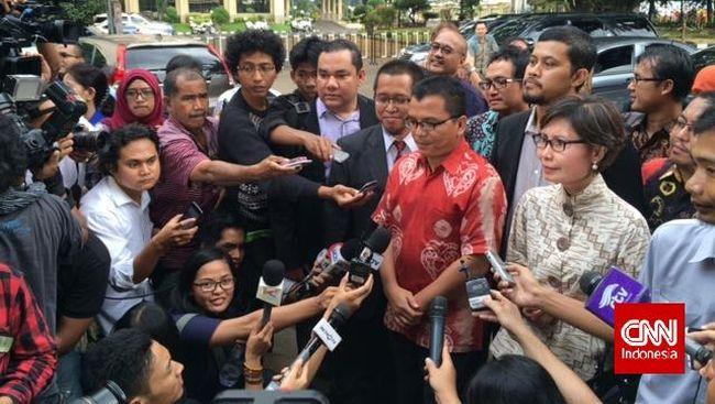 Tiga Kasus Korupsi Membayangi Denny