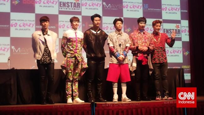 Boy band 2PM dikenal dengan lagu rancak dan gaya funky. Saat berada di Jakarta, Lee Junho, Nichkhun Horvejkul, Ok Taecyeon, Jang Wooyoung, Hwang Chansung, Kim Minjun/Jun.K, pun tampil meriah!