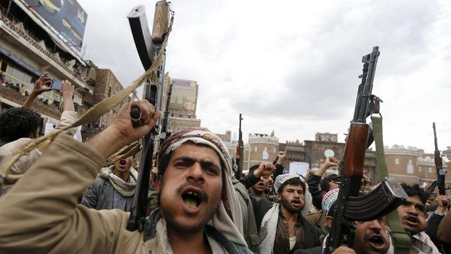 Pemberontak Houthi di Yaman Klaim Serang Objek Vital Saudi