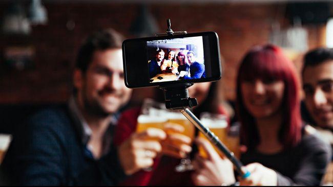 Penjelasan Ilmiah Mengapa Selfie adalah Sifat Dasar Manusia