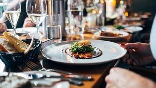 Gratis Makan di Restoran dengan Bawa Meja Sendiri