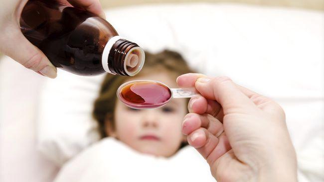 Ribuan Anak Overdosis Akibat Pemberian Obat dengan Sendok