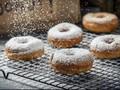 Donut Bertabur Emas 24 Karat Terjual Laris Manis