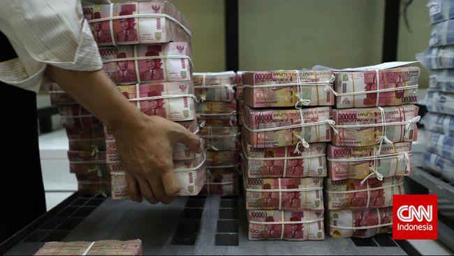 Rupiah Rontok Sentuh Level 13.678 per Dolar AS